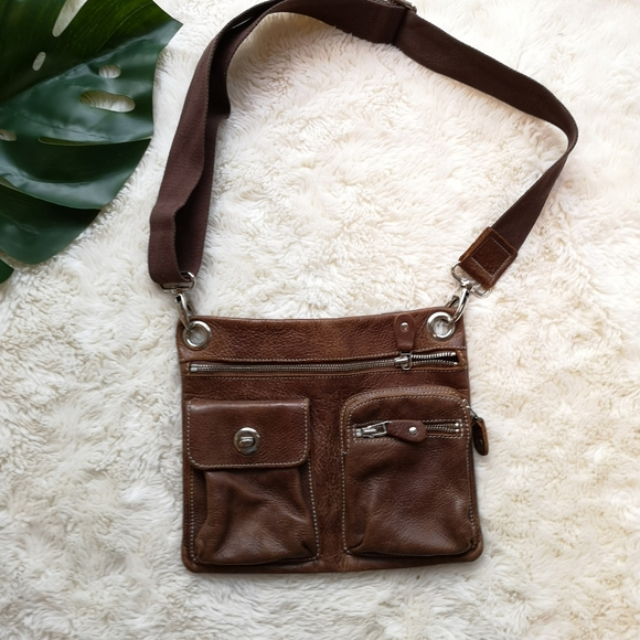 Roots Handbags - Gorgeous roots crossbody
